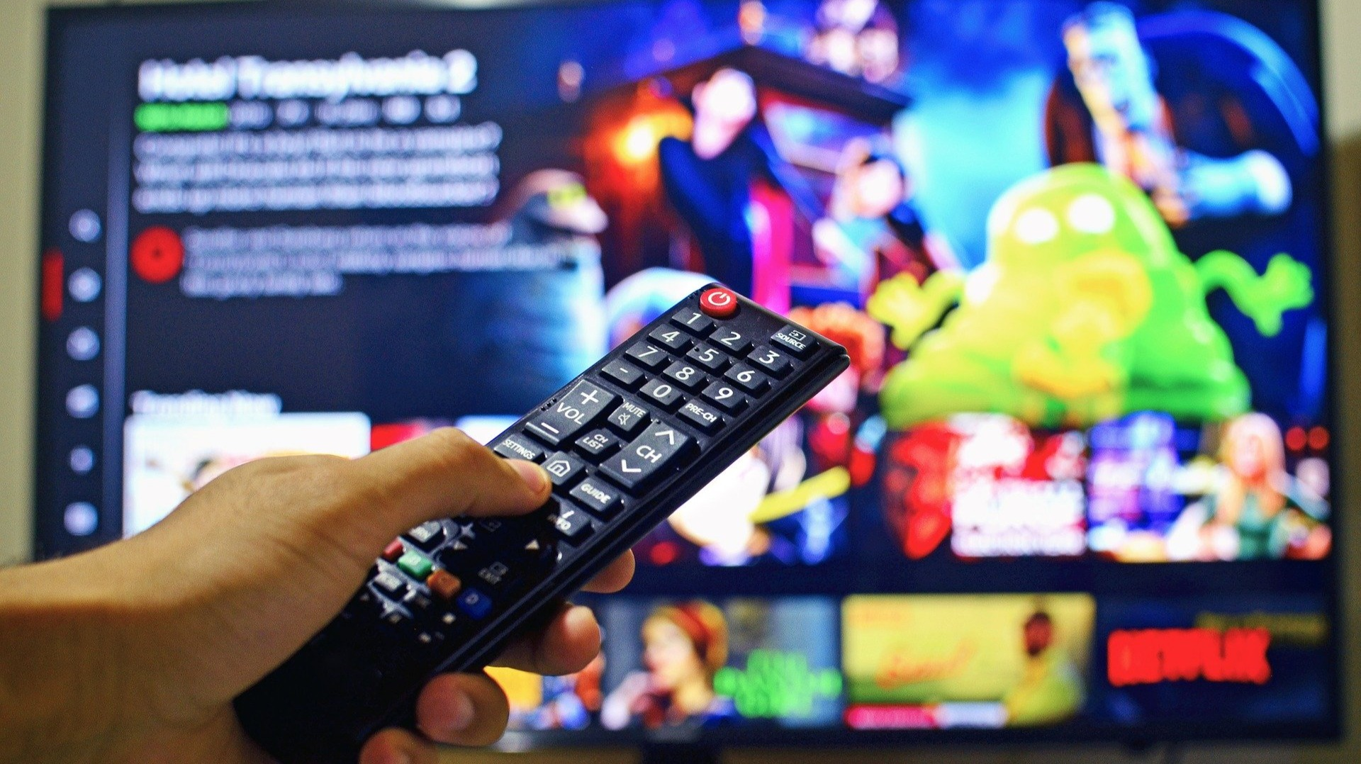 Overcoming Device Fragmentation to Deliver OTT Content Applications